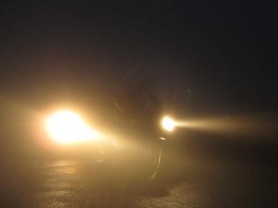 暗闇と雨2