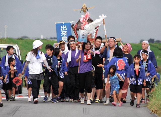 2011出来島暴れ神輿02