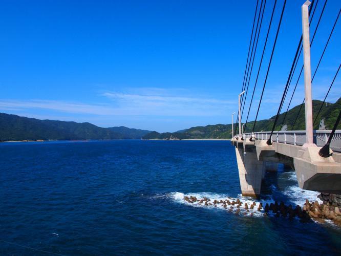 大明神橋から西の海