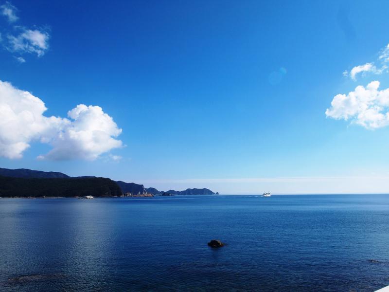 今日の甑島 中甑港フェリーは鹿島へと 10.23