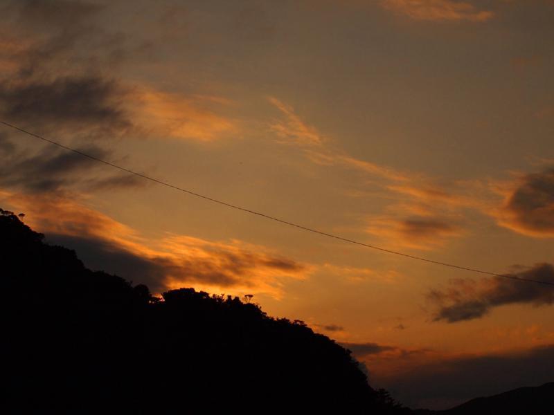 時雨日和の夕空