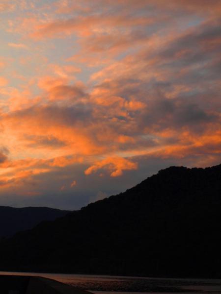 しぐれ日和の夕焼け