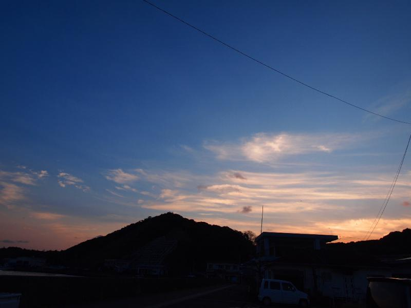明けゆく東の空
