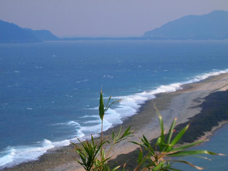 長目の浜は時化でした