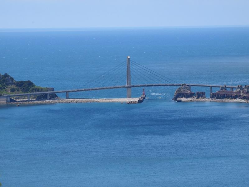 ヘリポートから 甑大明神橋