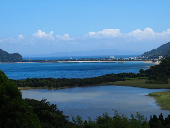 須口池と里町