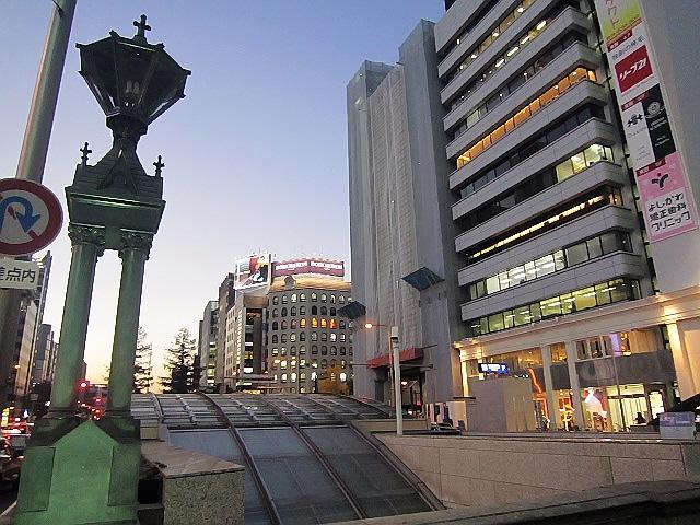 本町で飲み会の前に心斎橋『清水湯』とオリンパス『瞬間の顔展』に寄りました(*^_^*)