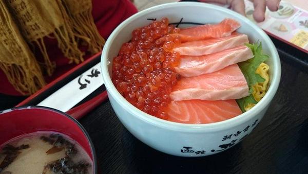 鮭の親子丼14.11.3