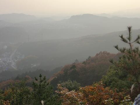 日和田山の頂上へ