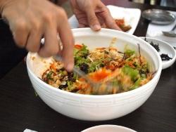 韓国料理ビビンバ3