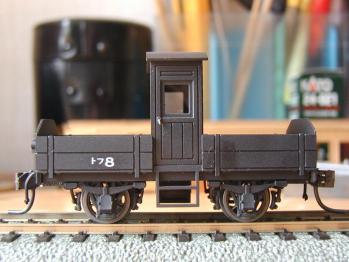 2011年4月26日トフ8⑤側面非蓄電池側