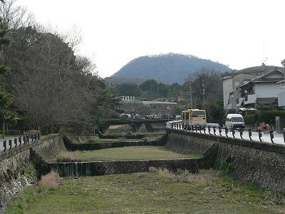 逆瀬川から甲山拡大です
