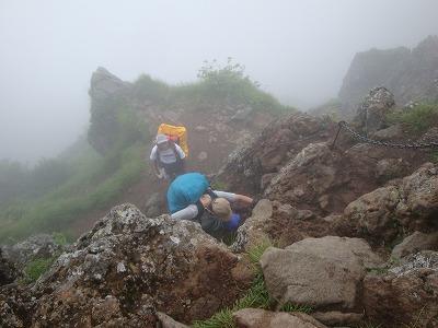 横岳の登りです。南八ヶ岳は難所が多いです