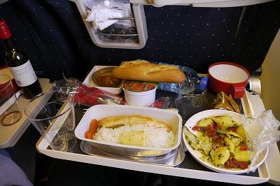 機内食はおいしかったです