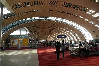ドゴール空港