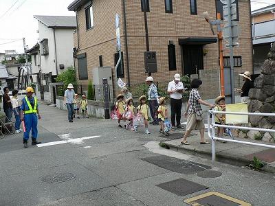 幼稚園は9時前の通園です
