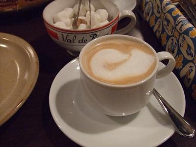 Breizh Cafe Creperie(ブレッツ・カフェ・クレープリー) ラゾーナ川崎店 カプチーノ