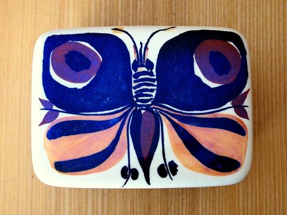 蝶のバターケース(2)