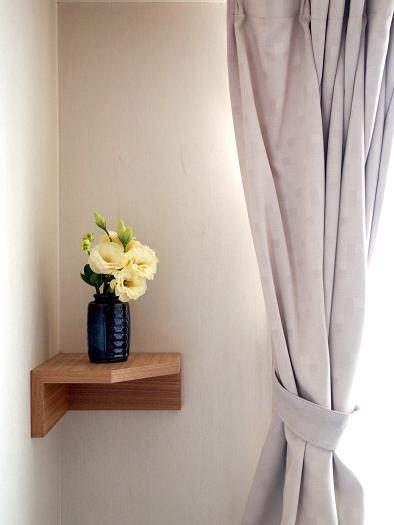 壁家具にオハナ