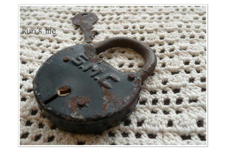 100209(買ったもの)南京錠