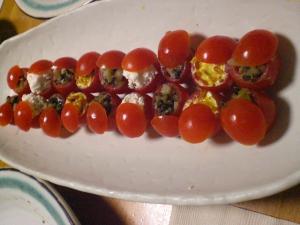 ミニトマトの詰め物