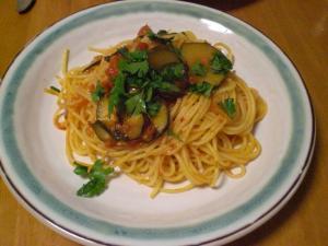 ズッキーニのトマトソースのパスタ