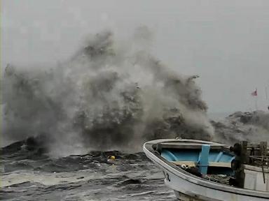津波 おいらせ町 百石漁港.avi_000499240