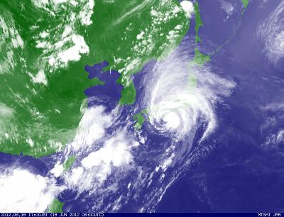 気象衛星 201206191700-00