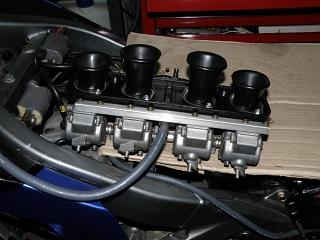 ZZR400426.jpg