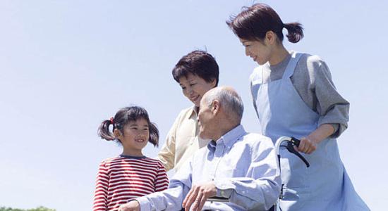 介護職員と家族