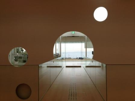 横須賀美術館3