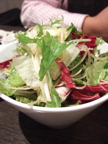 焼き肉屋のサラダ