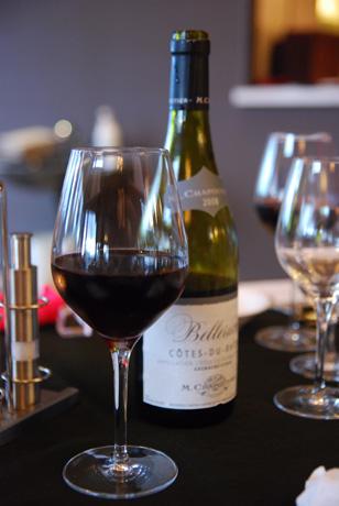 赤ワインを