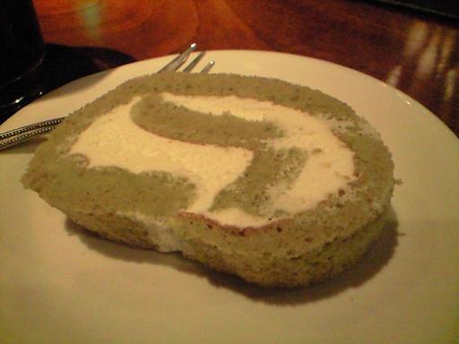 カボスのロールケーキ