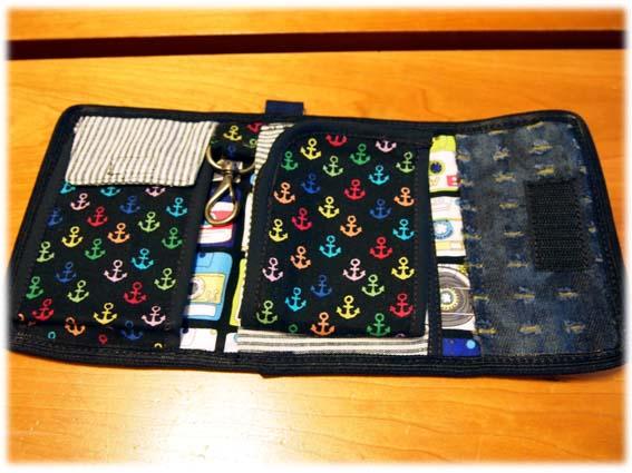 財布1内側