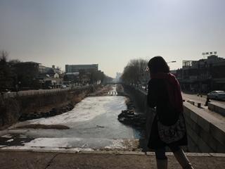 華虹門前川