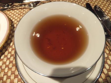 金粉入りのスープ