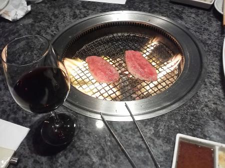 うまい肉とワイン
