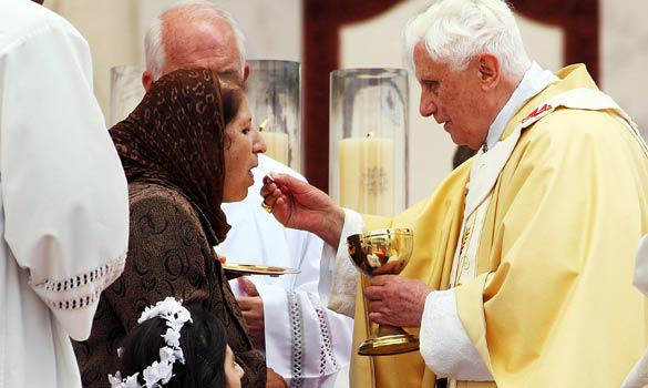 Pope Francis, Holy Communion