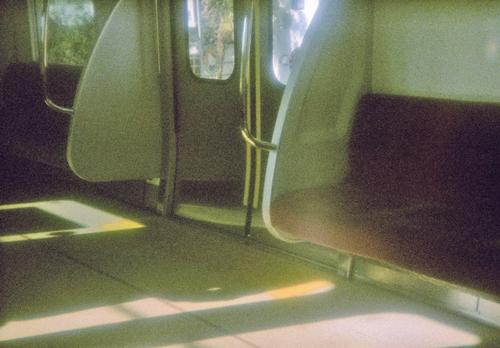 re-re-電車内1