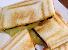 ホットサンドチーズのり2
