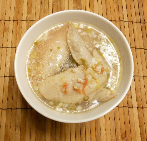 レンジで作れる鶏手羽先の梅風味スープ9