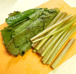 ほろにが蕗ご飯&蕗の葉とじゃこの炒め煮1