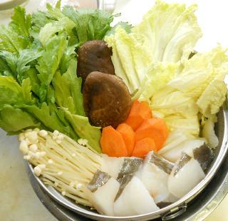 鱈と冬野菜の湯豆腐鍋1