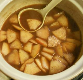 薄切りりんごのチョコワイン鍋5