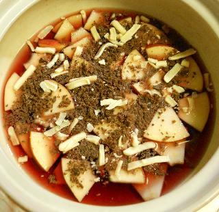 薄切りりんごのチョコワイン鍋4