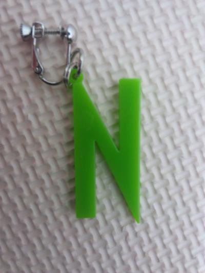 Nイヤリング