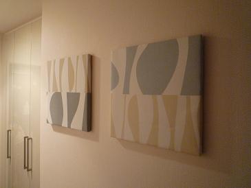 【DIYとインテリア生活】 【戸境コンクリート壁にインテリア】ファブリックパネル取付け