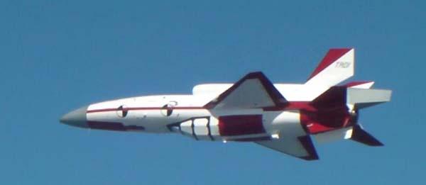 飛行中の無人機研究システム