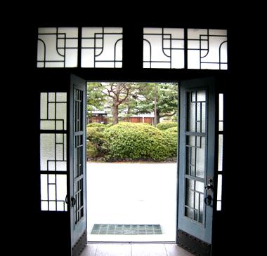京都工繊大3号館01